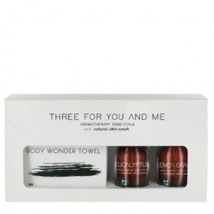 three-for-you-and-me-body-wonder-towel-eucalyptus-lemongrass-100-ml